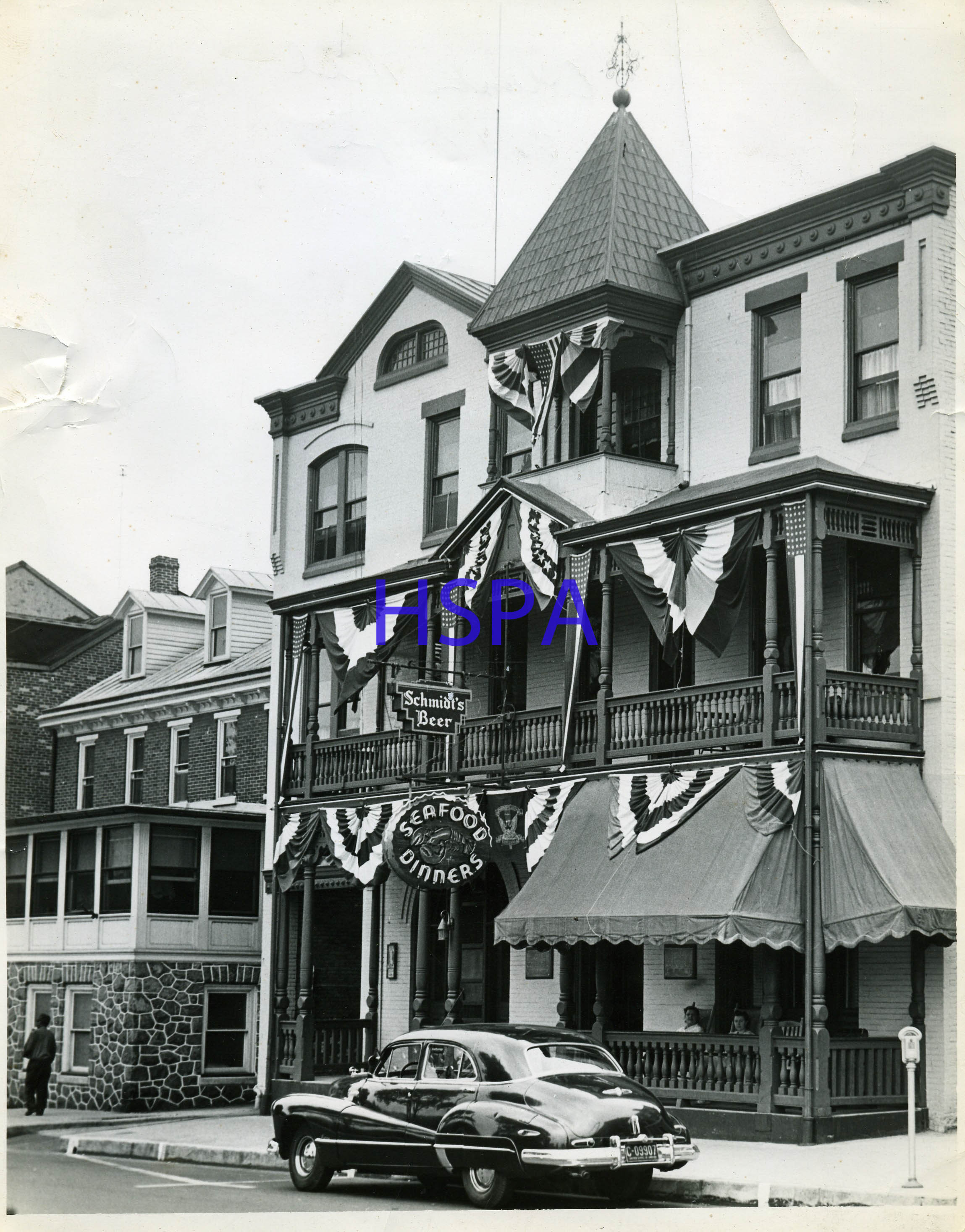Columbia Hotel Taverns Picture Gallery